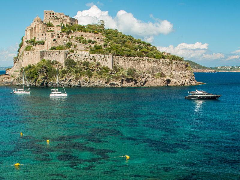 Noleggio Catamarani in Costiera Amalfitana
