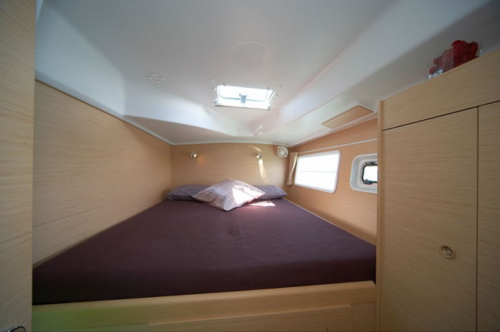 Lagoon 380 cabine